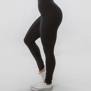 BuffBunny Athena Legging in Black
